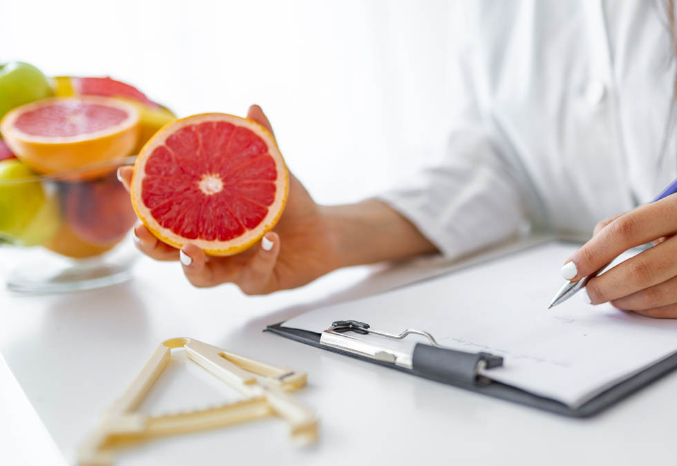 La Generalitat ha acceptat la proposta del CODINUCAT de reconèixer el Grau de Nutrició Humana i Dietètica com a titulació acadèmica per accedir a l'especialitat de Sanitat pública